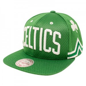 """Boston Celtics Hardwood Classics Jersey Hook Up Mesh Crown Snapback Ca"""