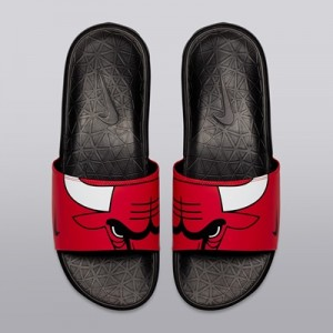 """Chicago Bulls Nike Benassi Solarsoft Sliders – University Red/White-Bl"""