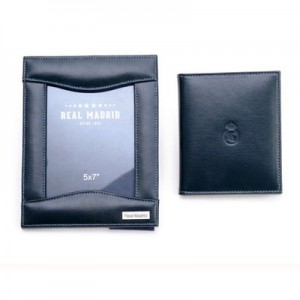 Real Madrid Leather Photo Frame and Photo Traveller Set
