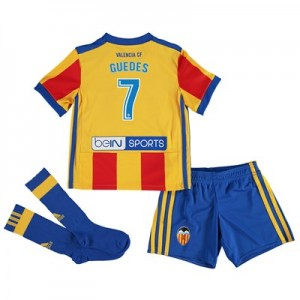 Valencia CF Third Minikit 2017-18 with Guedes 7 printing